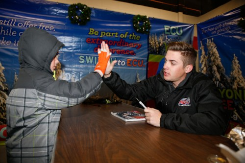 Nascar Star Gragson Visits Pinnacle Speedway In Lights